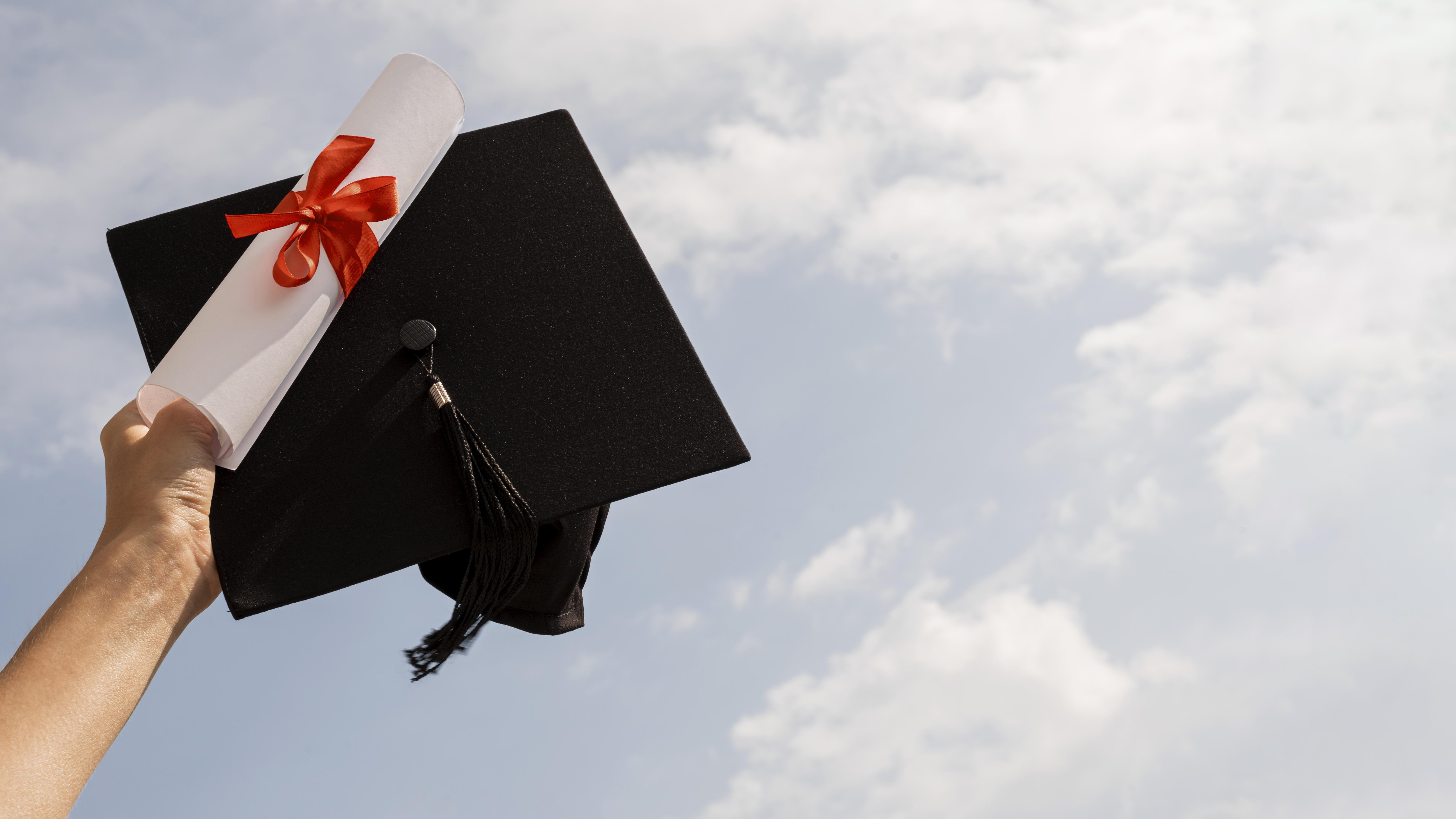 grados y títulos